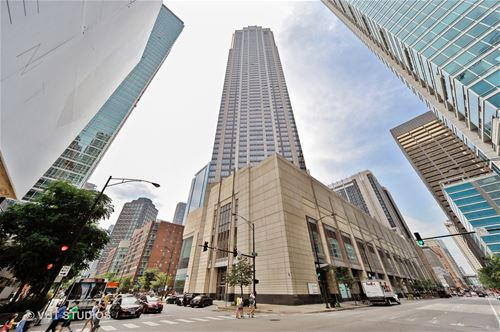 512 N Mcclurg Unit 2511, Chicago, IL 60611 Streeterville