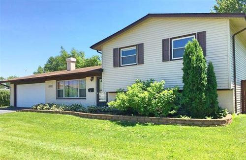 1073 Countryside, Hanover Park, IL 60133