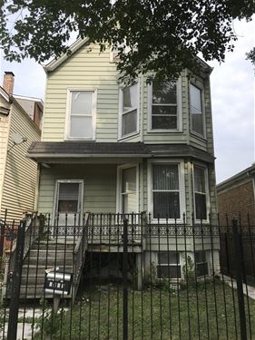 2841 N Avers, Chicago, IL 60618