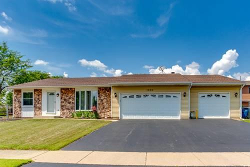 1000 W Pine, Roselle, IL 60172