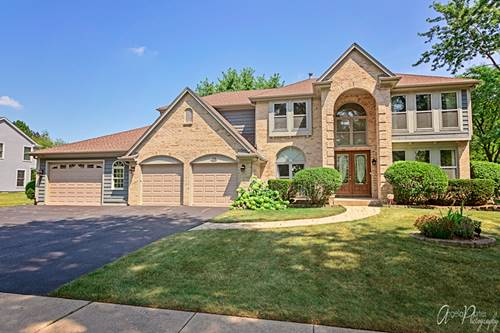 27 S Royal Oak, Vernon Hills, IL 60061