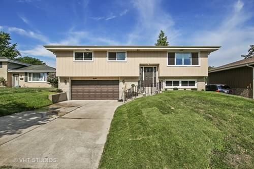 568 N Green Ridge, Addison, IL 60101