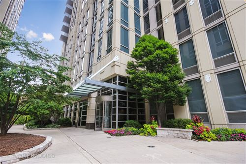 720 N Larrabee Unit 1304, Chicago, IL 60610 River North
