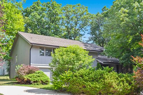4806 Woodcliff, Rolling Meadows, IL 60008