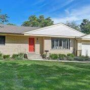 352 Western, Clarendon Hills, IL 60514