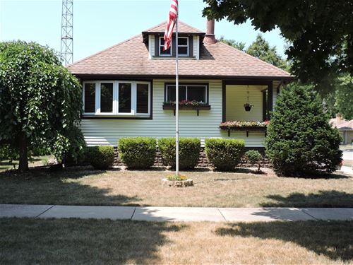 1005 S 7th, Kankakee, IL 60901
