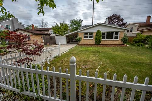 447 Barberry, Highland Park, IL 60035