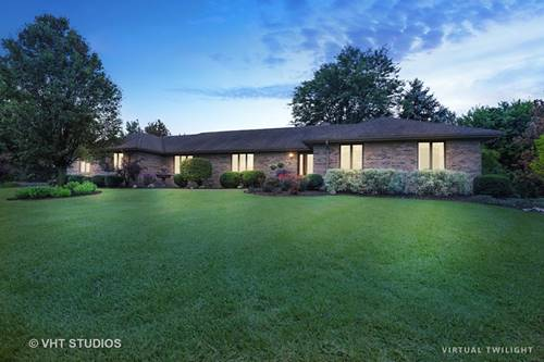 4 Rosewood, Hawthorn Woods, IL 60047