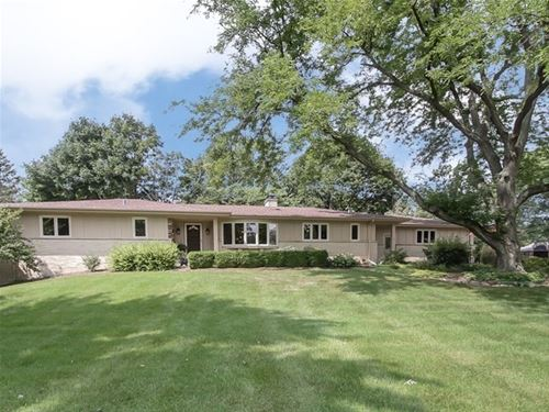 921 Forest, Elgin, IL 60123