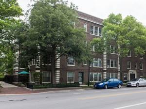 211 Chicago Unit 3, Oak Park, IL 60302