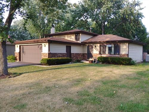 665 Renee, South Elgin, IL 60177