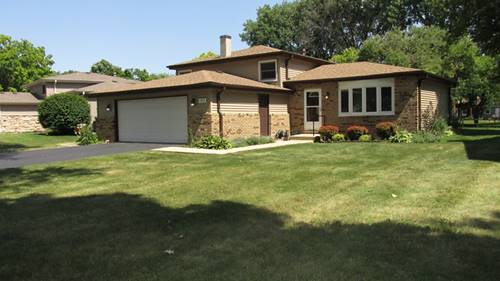 1919 Moore, St. Charles, IL 60174