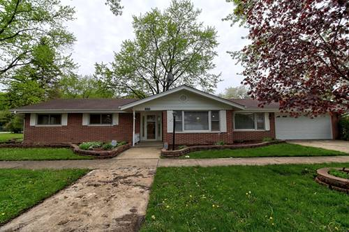 1514 Crown, Glenview, IL 60025