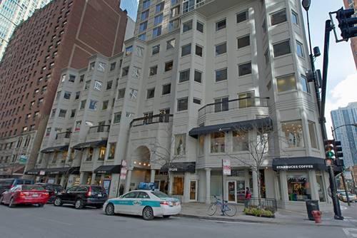 1 E Delaware Unit 25B, Chicago, IL 60611 Gold Coast