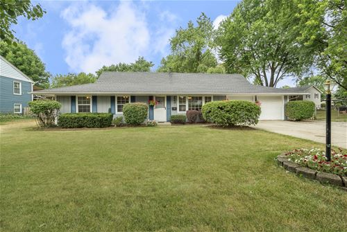 223 Boulder Hill Pass, Montgomery, IL 60538