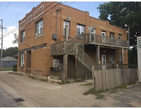 1716 N Broadway, Crest Hill, IL 60403