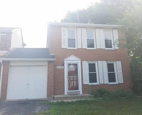 1323 Pennsboro, Carol Stream, IL 60188