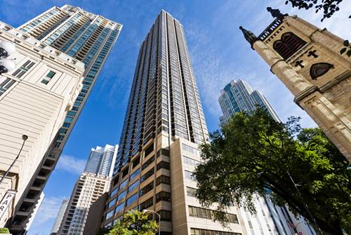 30 E Huron Unit 3704, Chicago, IL 60611 River North