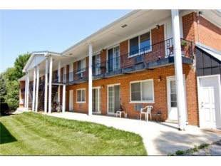 327 N Princeton Unit 5, Villa Park, IL 60181