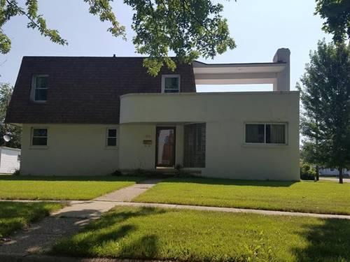 703 N 12th, Rochelle, IL 61068