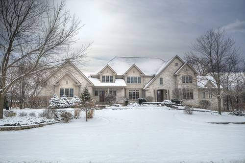 71 Hillburn, North Barrington, IL 60010