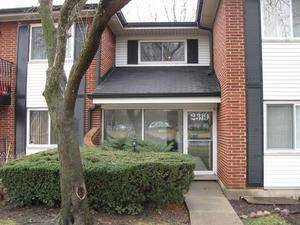 2319 E Olive Unit 1F, Arlington Heights, IL 60004