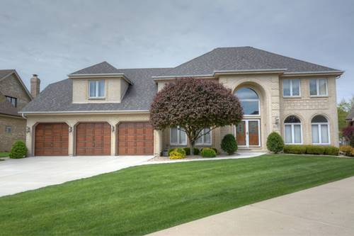 307 Radcliffe, Bloomingdale, IL 60108