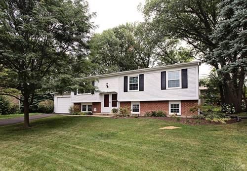 5 Oakview, Woodridge, IL 60517