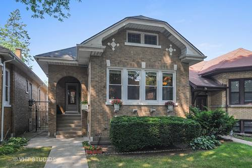 5750 N Fairfield, Chicago, IL 60659