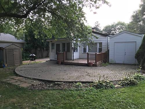 32 S Grant, Westmont, IL 60559