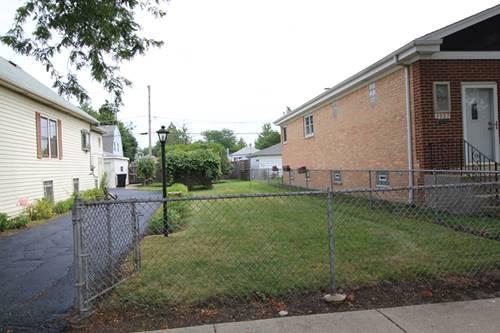 3961 N Oleander, Chicago, IL 60634