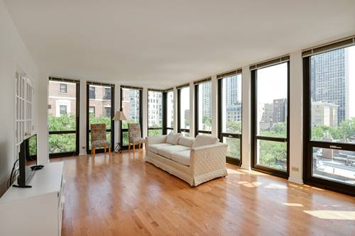 1 E Scott Unit 703, Chicago, IL 60610 Gold Coast