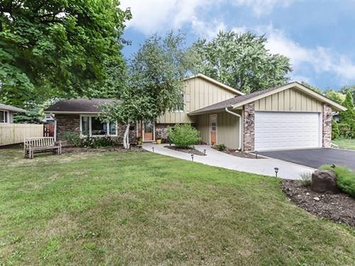 112 Bell, Cary, IL 60013