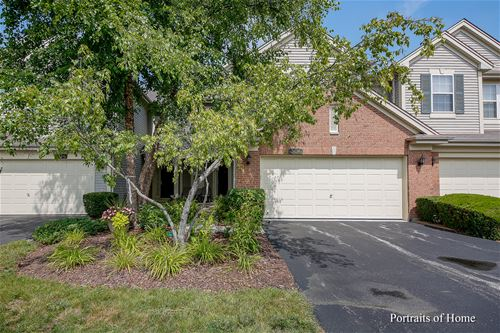 306 Blue Spruce, Glendale Heights, IL 60139