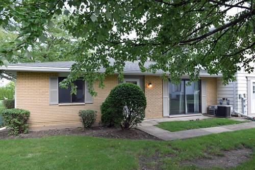 123 Brewster Unit B, Bloomingdale, IL 60108
