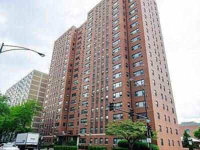 2909 N Sheridan Unit 1702, Chicago, IL 60657 Lakeview