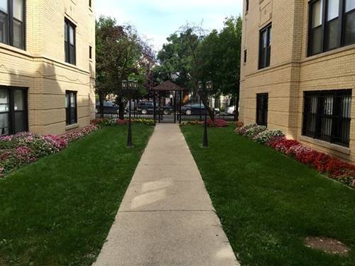 3633 W Dickens Unit 3A, Chicago, IL 60647