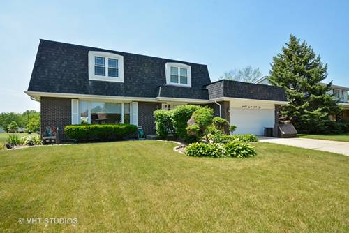 7742 Blackberry, Willowbrook, IL 60527