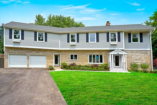2010 Hollywood, Wilmette, IL 60091