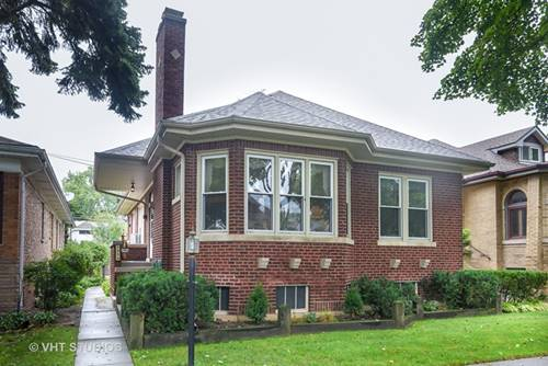 2454 W Farwell, Chicago, IL 60645
