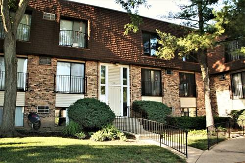 192 S Waters Edge Unit 302, Glendale Heights, IL 60139