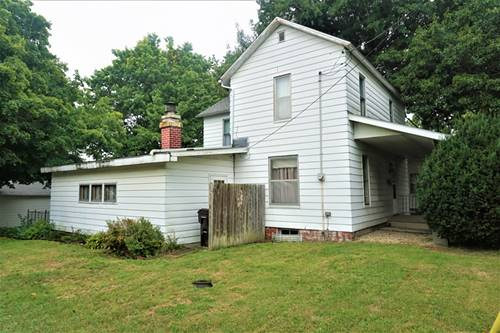 520 E Market, Farmer City, IL 61842