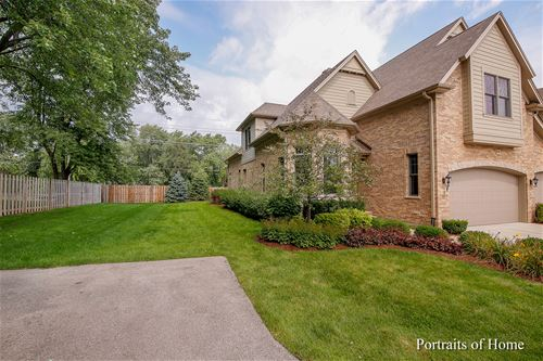 9 Westmoreland, Naperville, IL 60540