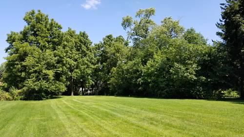302 E Camp Mcdonald, Prospect Heights, IL 60070