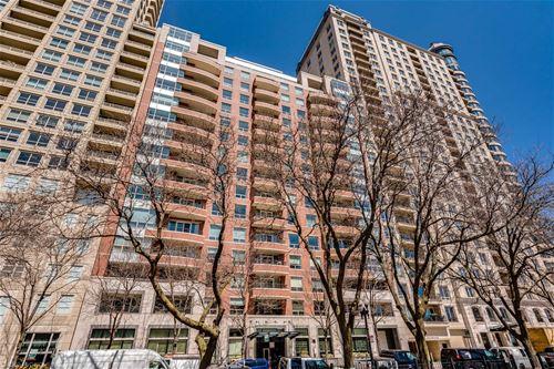 270 E Pearson Unit 1402, Chicago, IL 60611 Streeterville