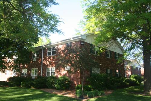 33 Briar Unit 19, Glen Ellyn, IL 60137