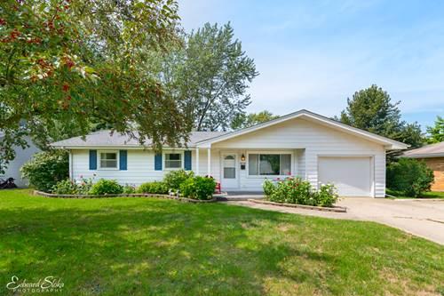 370 Harold, Crystal Lake, IL 60014