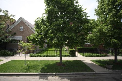 736 N Springfield, Chicago, IL 60624
