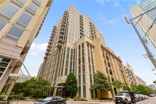 720 N Larrabee Unit 813, Chicago, IL 60610 River North