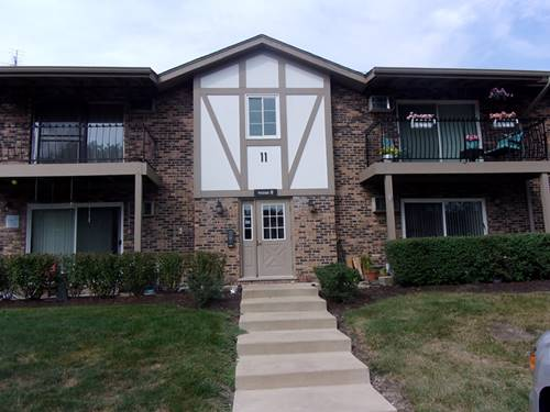 9S040 Lake Unit 106, Willowbrook, IL 60527